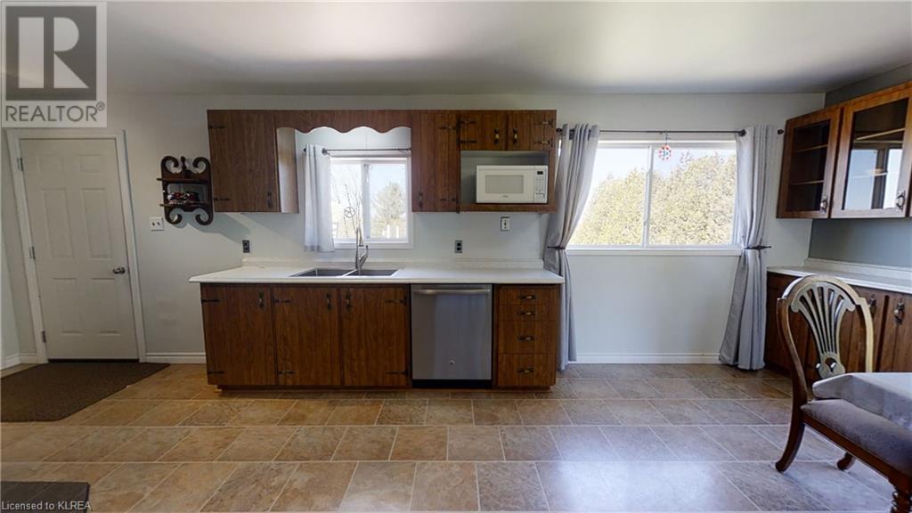 4875 Highway 35  N, Kawartha Lakes, Ontario  K0M 1G0 - Photo 12 - 260323