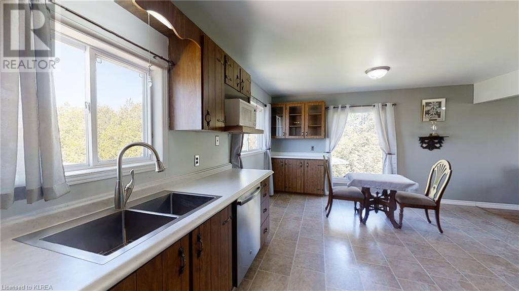 4875 Highway 35  N, Kawartha Lakes, Ontario  K0M 1G0 - Photo 13 - 260323